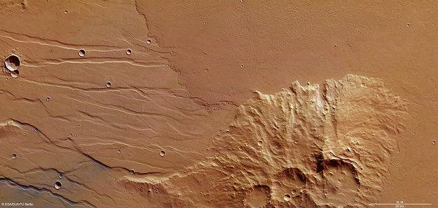 Равнины марса затопленные потоками