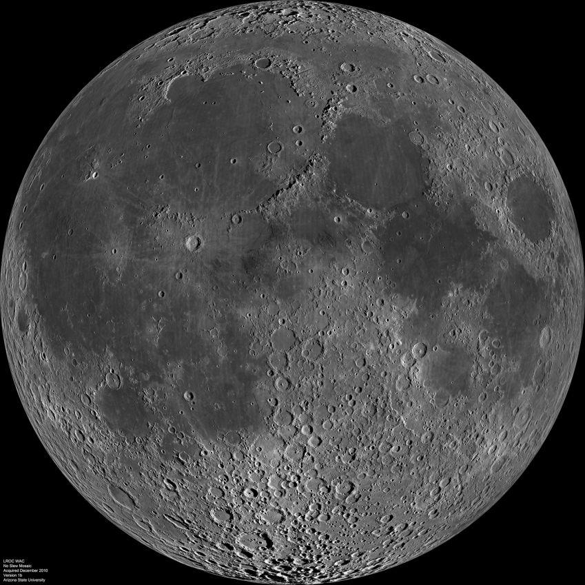 В лунном грунте вода образовалась под воздействием солнечного ветра (2 фото)