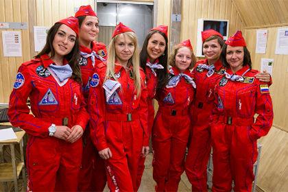 Женская команда начинает имитированную миссию в рамках проекта «Луна-2015»