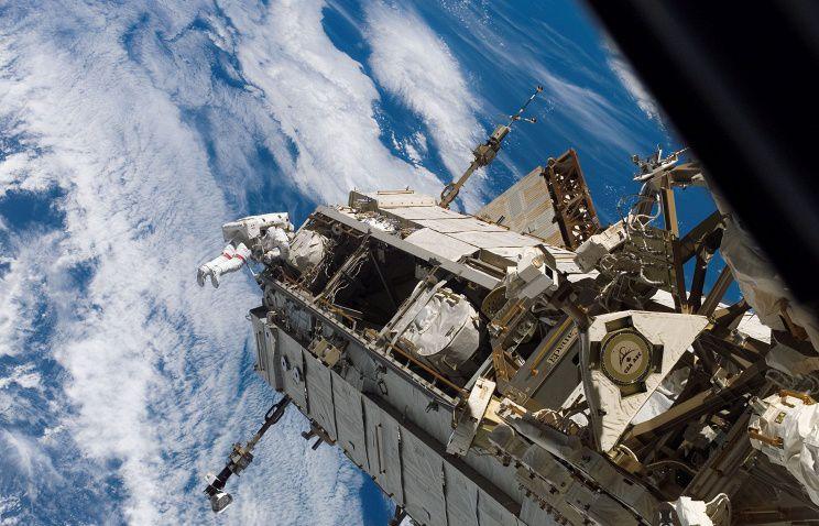 Российская Федерация понижает количество космического мусора наорбите