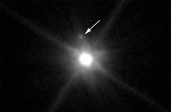 «Хаббл» нашел луну у миниатюрной планеты Макемаке