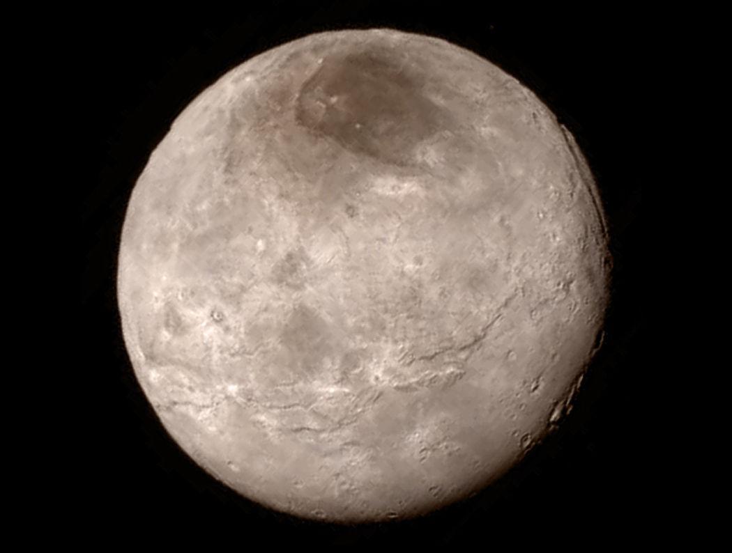 Спутник Плутона защищает от распада его атмосферу - ASTRONEWS.ru