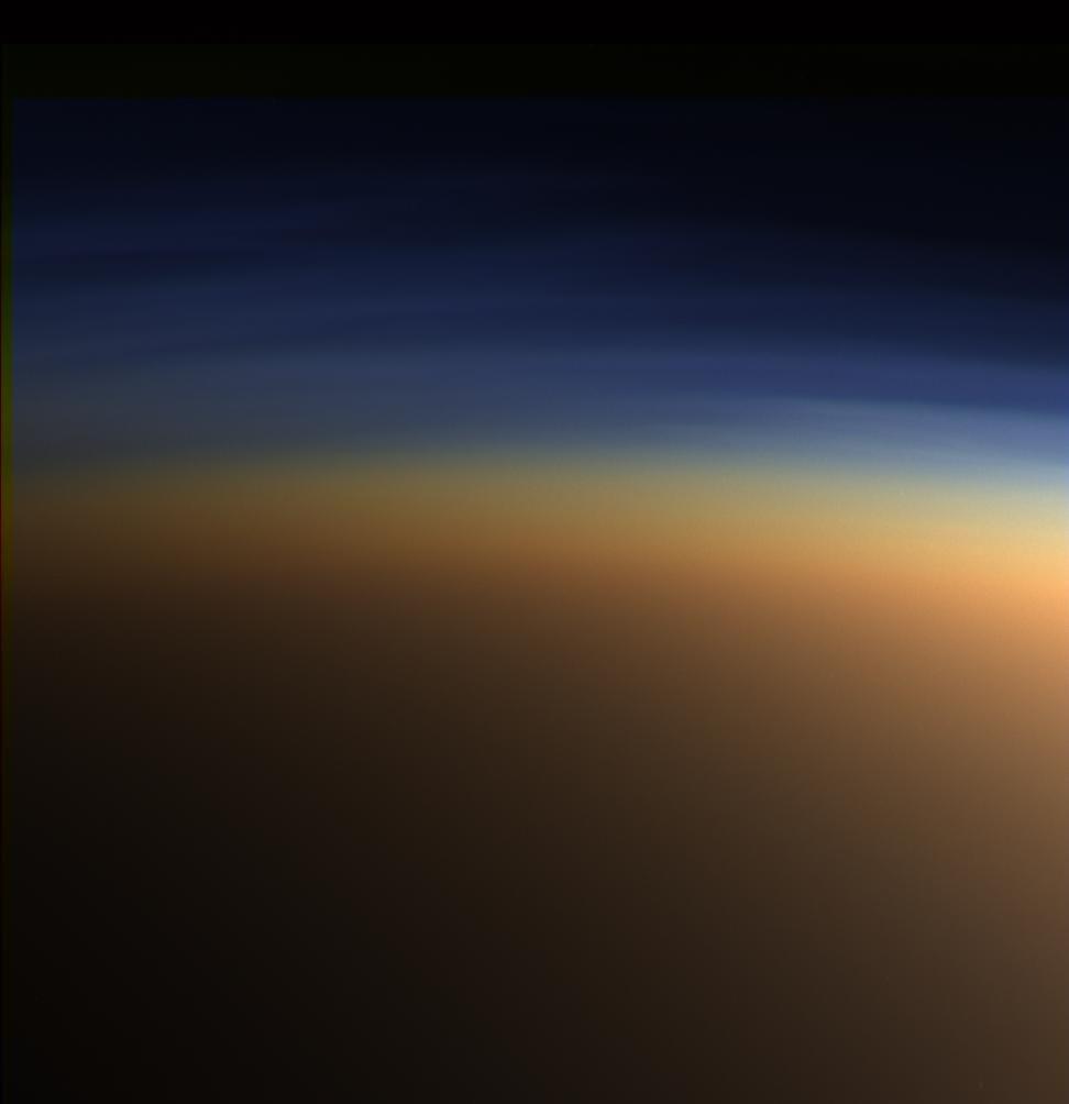 Ученые дали объяснения явлению пузырящихся морей наТитане