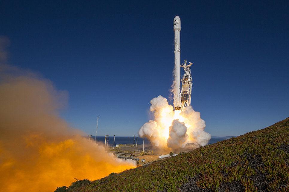 Компания SpaceX сказала дату старта ракеты Falcon 9