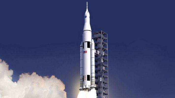 Первый тестовый полет сверхтяжелой ракеты-носителя SLS пройдет без экипажа