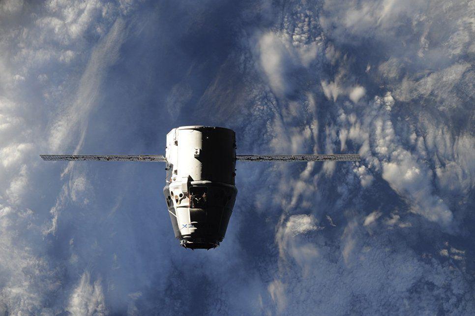 Отстыковка Dragon отМКС перенесена из-за непогоды